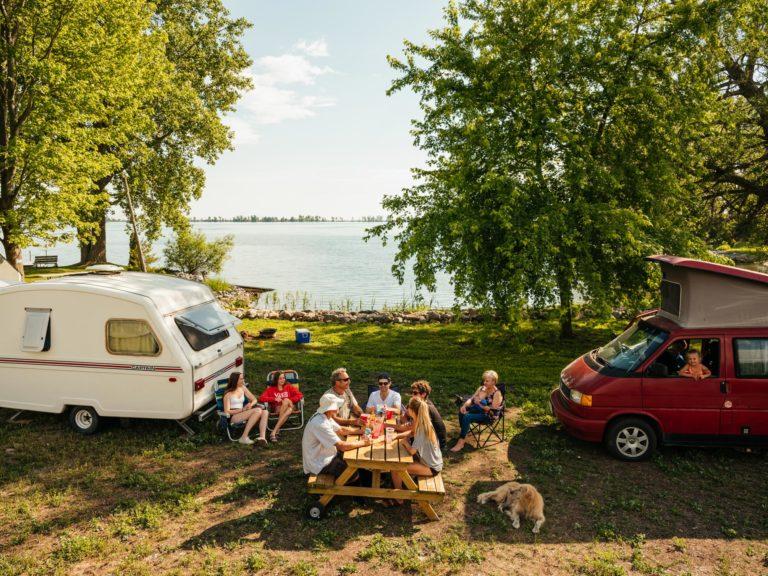 Lakeside trailer spot